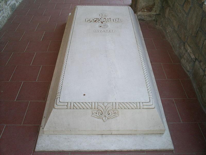 Гробът на Цар Калоян във Велико Търново
